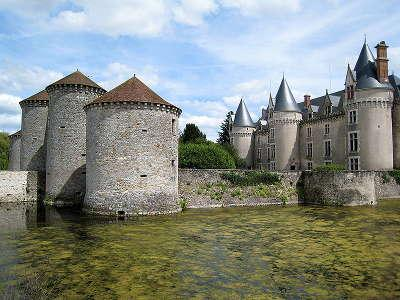 Bourg archambault le chateau routes touristique de la vienne guide du tourisme de poitou charentes