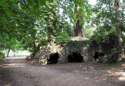 Breteuil sur iton ruine de la forteresse routes touristiques de eure guide touristique de haute normandie