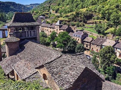 Brousse le chateau plus beaux villages de france routes touristiques de aveyron guide du tourisme midi pyrenees