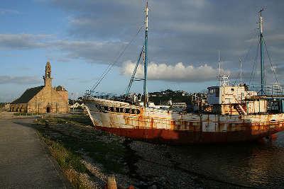 Camaret sur mer chapelle de notre dame de rocamadour routes touristiques dans le finistere guide du tourisme en bretagne