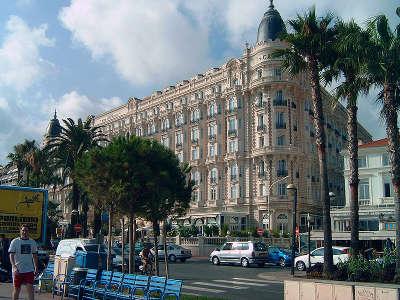 Cannes l hotel carlton routes touristique des alpes maritime guide du tourisme provence alpes cote d azur