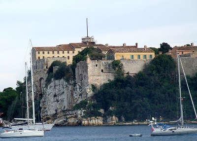 Cannes le fort royal de l ile sainte marguerite routes touristique des alpes maritime guide du tourisme provence alpes cote d azur
