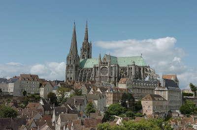Cathedrale de chartres les routes touristiques dans l eure et loir guide du tourisme centre val de loire
