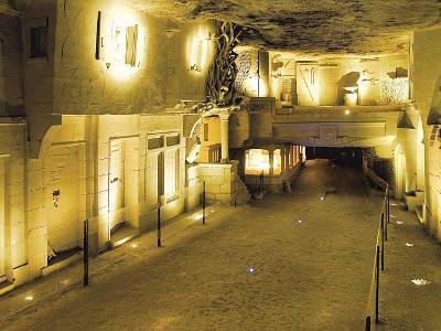 Cave des roches troglodytique routes touristiques dans le loir et cher guide du tourisme centre val de loire