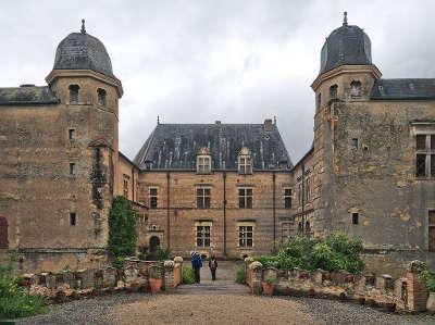 Cazaux saves chateau de caumont routes touristiques de gers guide du tourisme midi pyrenees