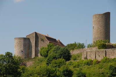 Chalus le chateau de chalus chabrol routes touristiques de la haute vienne guide du tourisme du limousin