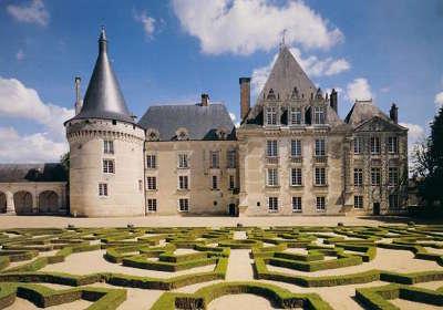 Chateau d azay le ferron routes touristiques dans l indre guide du tourisme centre val de loire