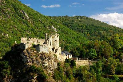 Chateau d usson routes touristiques de l ariege guide du tourisme du midi pyrenees
