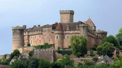 Chateau de castelnau bretenoux routes touristiques du lot guide touristique midi pyrenees