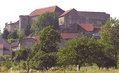 Chateau de clefmont routes touristiques dans la haute marne guide du tourisme grand est
