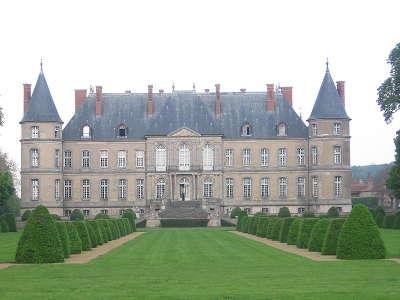 Chateau de haroue routes touristiques de meurthe et moselle guide du tourisme de lorraine