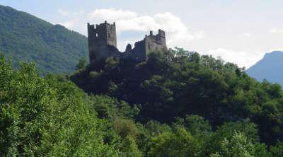Chateau de miglos routes touristiques de l ariege guide du tourisme du midi pyrenees