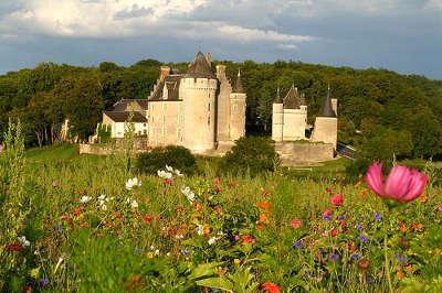 Chateau de montpoupon a cere la ronde routes touristiques dans l indre et loire guide du tourisme centre val de loire