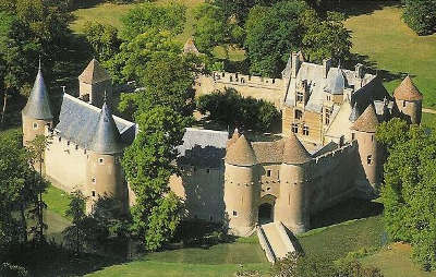 Chateau fort d ainay le vieil routes touristiques dans le cher guide du tourisme centre val de loire