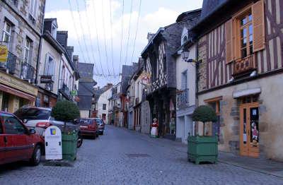 Chateaugiron centre medieval petite cite de caractere routes touristiques dans l ille et vilaine guide du tourisme en bretagne
