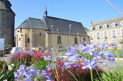Chateaugiron la chapelle du chateau petite cite de caractere routes touristiques dans l ille et vilaine guide du tourisme en bretagne