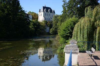 Chateauroux le chateau raoul routes touristiques dans l indre guide du tourisme centre val de loire
