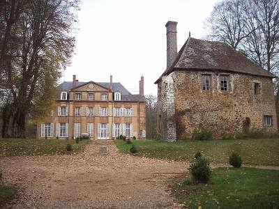 Chennebrun chateau routes touristiques de eure guide touristique de haute normandie