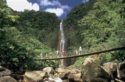 Chutes du carbet guadeloupe troisieme les route touristique d outre mer guide du tourisme de guadeloupe