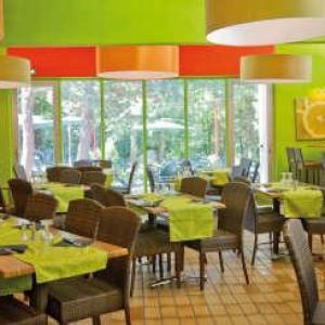 Clair canigou vernet les bains restaurant routes touristiques du pyrenees orientales guide touristique du languedoc roussillon
