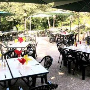 Clair canigou vernet les bains terrasse routes touristiques du pyrenees orientales guide touristique du languedoc roussillon