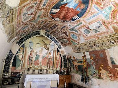 Coaraze plus beau village chapelle saint sebastien routes touristique des alpes maritime guide du tourisme provence alpes cote d azur