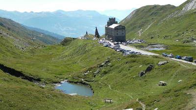 Col du petit saint bernard l hospice routes touristiques de savoie guide touristique de rhone alpes