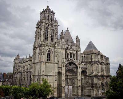 Collegiale saint gervais saint protais gisors routes touristiques de eure guide touristique de haute normandie