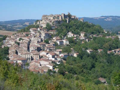 Cordes sur ciel grand site occitanie routes touristiques du tarn guide du tourisme midi pyrenees