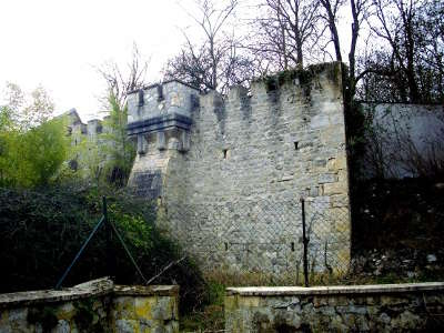 Cormicy petite cite de caractere les vestiges des anciennes fortifications de la ville routes touristiques dans la marne guide du tourisme grand est