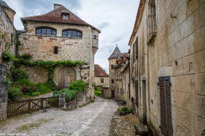 Curemonte ruelle du plus beaux villages routes touristique de correze guide touristique du limousin