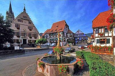 Dambach la ville la route des vins d alsace guide du tourisme de l alsace