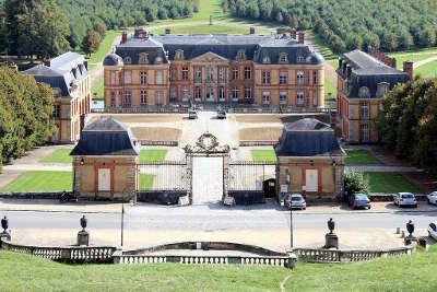 Dampierre en yvelines chateau routes touristiques des yvelines guide du tourisme ile de france