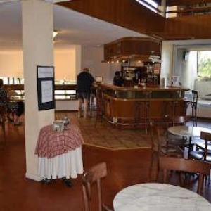 Domaine des puys saint sauves d auvergne le bar routes touristiques du puy de dome