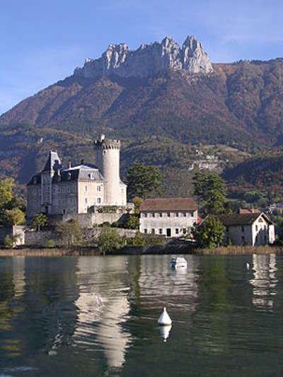 Duingt chateau de chateauvieux routes touristiques de haute savoie guide du tourisme de rhone alpes