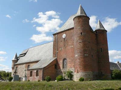 Englancourt eglise fortifiee routes touristique de l aisne guide du tourisme de picardie