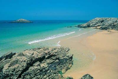 Erdeven plage routes touristiques dans le morbihan guide du tourisme en bretagne