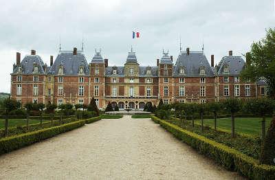 Eu chateau routes touristiques de seine maritime guide du tourisme de haute normandie