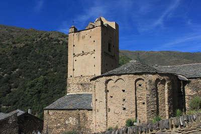 Evol l eglise saint andre plus beaux villages routes touristiques des pyrenees orientale guide du tourisme occidanie