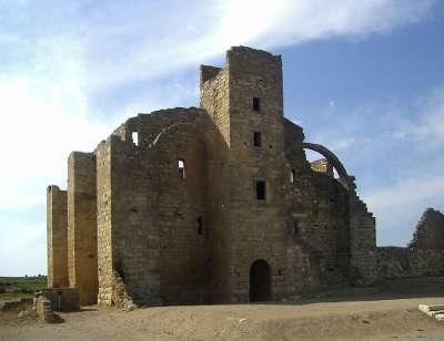 Fontcalvy grange cisterienne routes touristique de aude guide du tourisme du languedoc roussillon