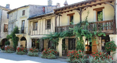 Fources maison a colombage routes touristiques du gers guide du tourisme midi pyrenees