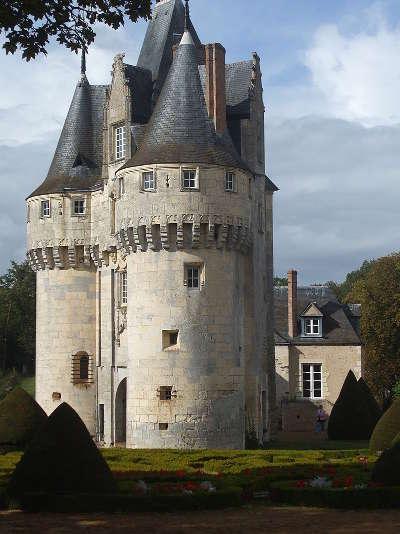 Fraze le chateau routes touristiques dans l eure et loir guide du tourisme centre val de loire