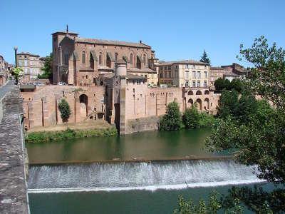 Gaillac l abbaye saint michel routes touristiques du tarn guide du tourisme midi pyrenees