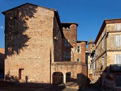Gaillac maison pierre de brens routes touristiques du tarn guide du tourisme midi pyrenees