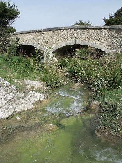 Gaudre de romanin guide touristique du tourisme des bouches du rhone paca