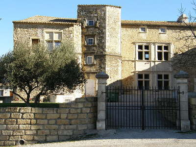 Generac le chateau routes touristiques du gard guide du tourisme du languedoc roussillon