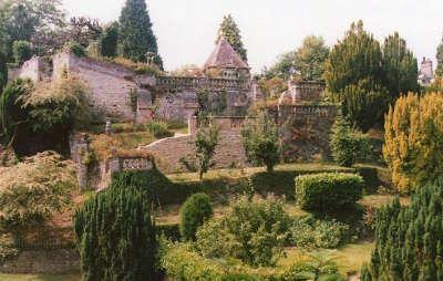 Gerberoy plus beau village jardins henri le sidaner routes touristique de l oise guide touristique de picardie