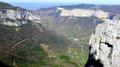 Gorges de la bourne vercors routes touristiques de isere guide du tourisme de rhone alpes