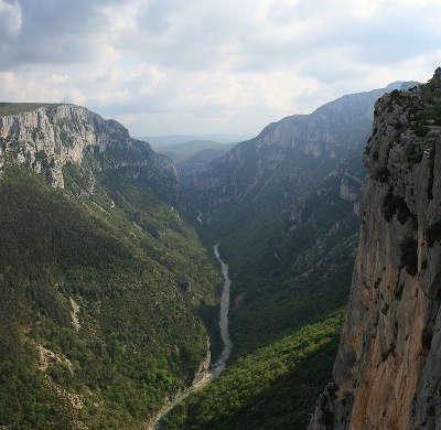 Gorges du verdon grand site de france routes touristiques du var guide du tourisme de la provence alpes cote d azur