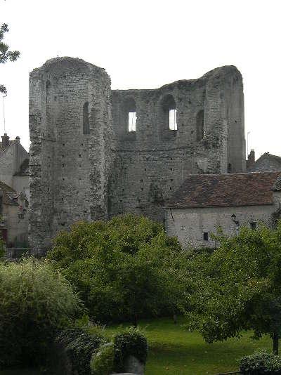 Grez sur loing village de caractere la tour de ganne routes touristiques de seine et marne guide touristique ile de france